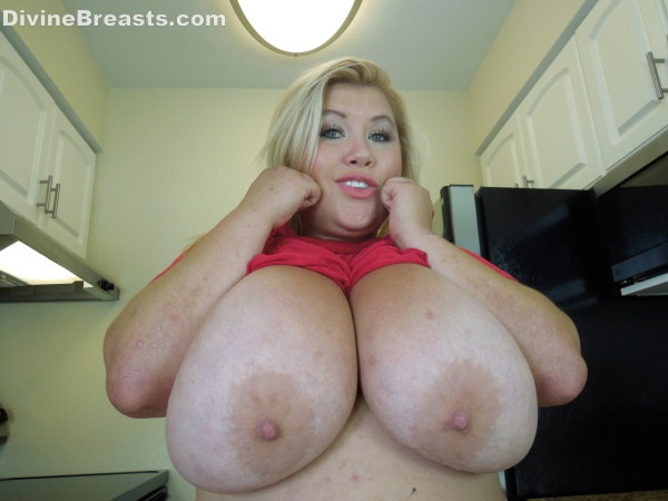 Bbw with huge tits hungry for cock 2