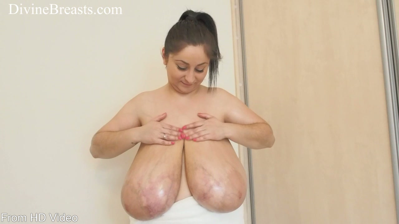 image Big natural tits bouncing up and down 38