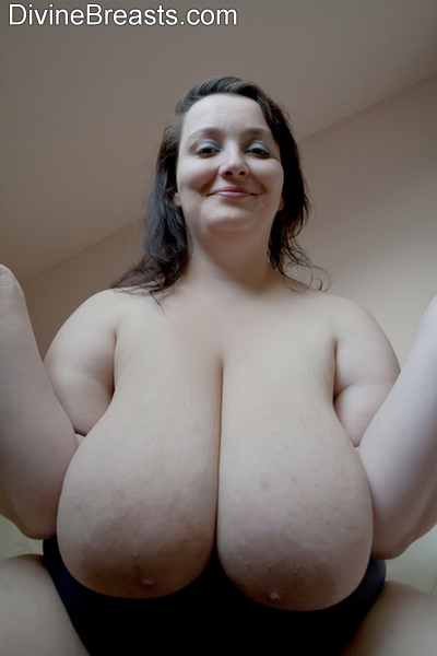 Huge massive natural bouncing boobs riding tits 1