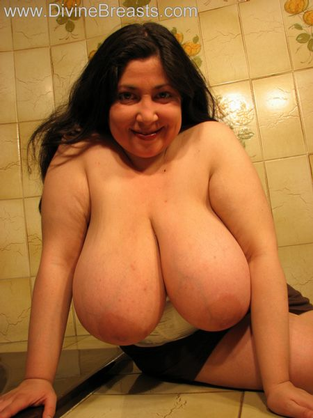 Bbw big boobs com