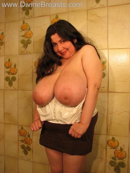image Huge tit milf bbw sucks ice cream cone and huge bbc dick