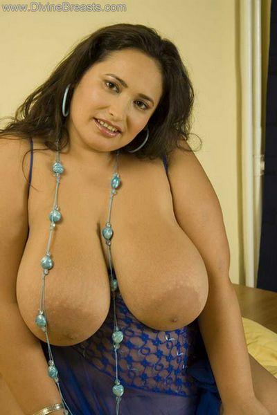 Bbw big tit lingerie