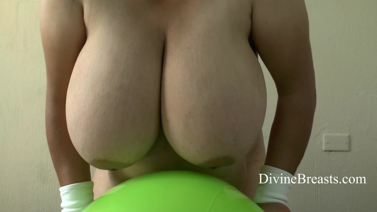 BBW Big Tits at DivineBreasts.com