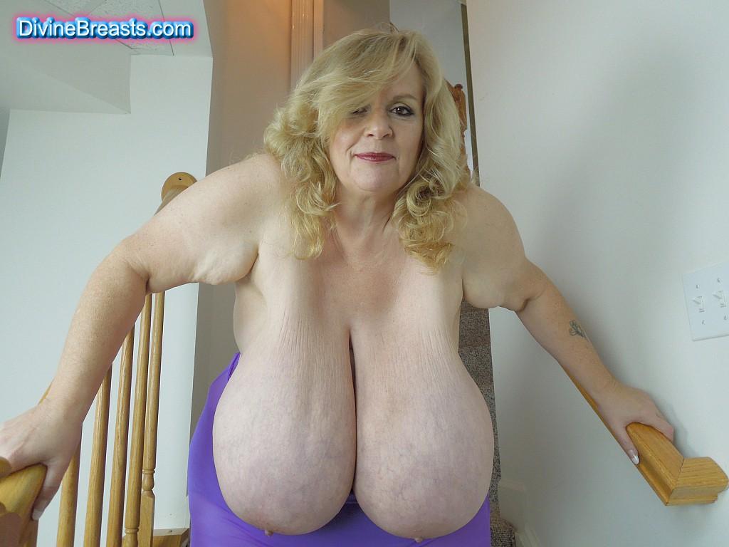 suzie giant breasts fun