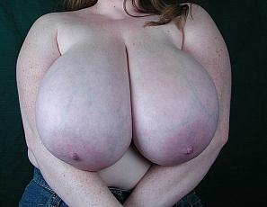 Busty BBW Pinup Sapphire4