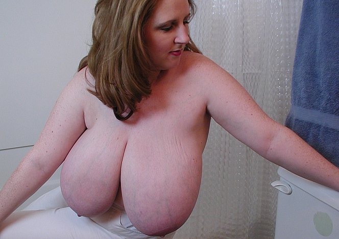 Bbw udders boobs cleavage