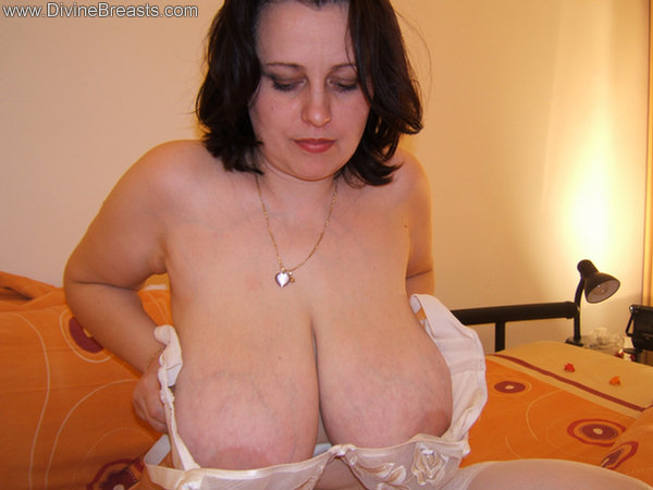 Who Is Busty Pam Parker