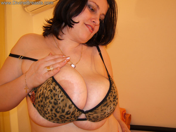 pam parker free big tits pictures